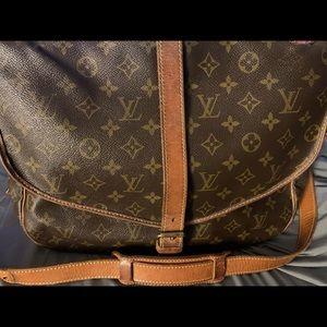 Auth.Louis Vuitton Monogram Saumur Crossbody Bag